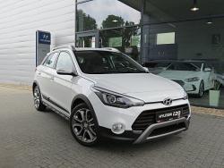 Hyundai i20 1.4 (100KM) Active Felgi R17 Polar White
