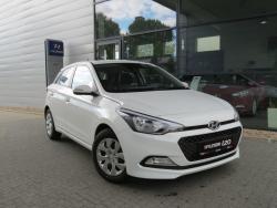 Hyundai i20 1.2 MPI (84 KM) Classic Plus Polar White